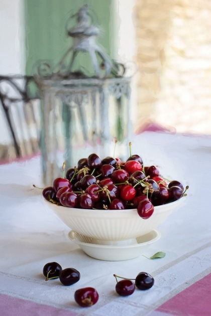 cherries-in-bowl-1433495_1920